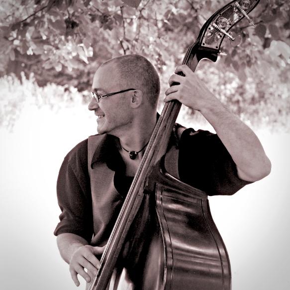 Tithouan musicien multi instrumentiste